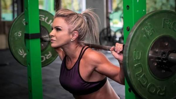 Musculation et vélo elliptique : est-ce bon pour la femme ?